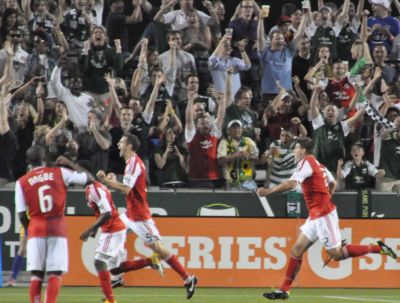 Timbers give LA a galaxy-size thrashing, 3-0