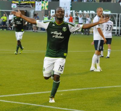 Timbers hold off Whitecaps for 2-1 win